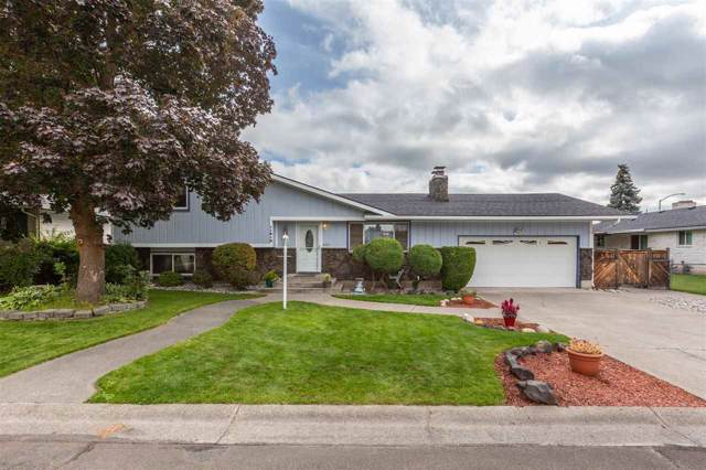 11812 N Howard Ct, Spokane, WA 99218 (#201926391) :: Chapman Real Estate