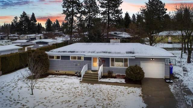 7424 N Fox Point Dr, Spokane, WA 99208 (#201927151) :: The Spokane Home Guy Group