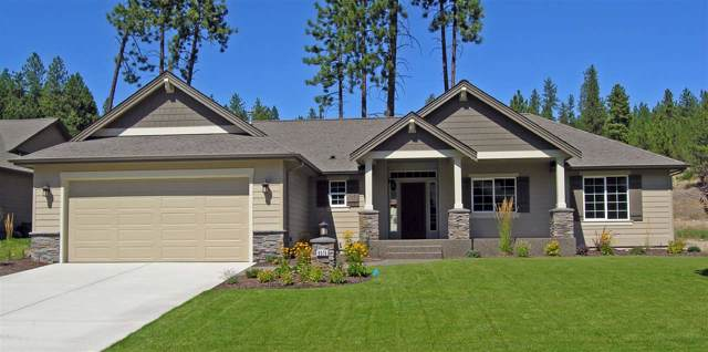5538 N Radium Ln, Spokane, WA 99217 (#202010028) :: The Hardie Group