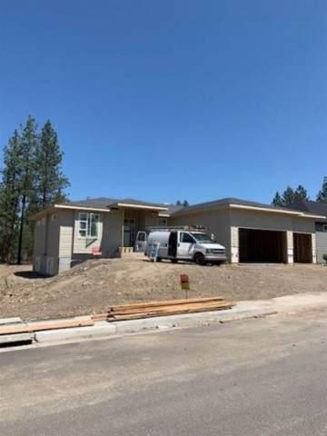 8009 N Molly St, Spokane, WA 99208 (#202010639) :: The Spokane Home Guy Group
