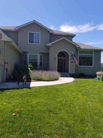 11105 W Sunridge Ct, Nine Mile Falls, WA 99026 (#202011116) :: The Spokane Home Guy Group