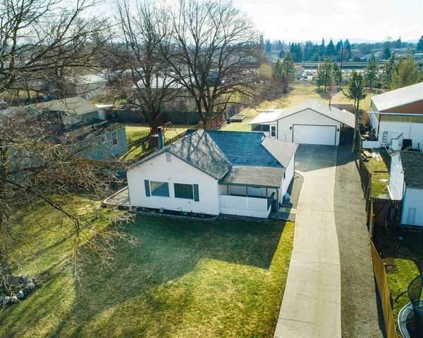 11618 E Empire Ave, Spokane Valley, WA 99206 (#202011457) :: Chapman Real Estate