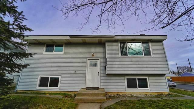 2227 E Joseph Ave, Spokane, WA 99208 (#202011632) :: Prime Real Estate Group