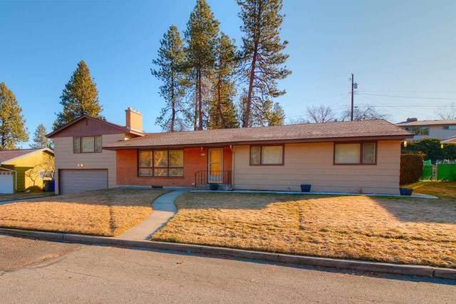 7624 N Laurelhurst Dr, Spokane, WA 99208 (#202011726) :: The Spokane Home Guy Group