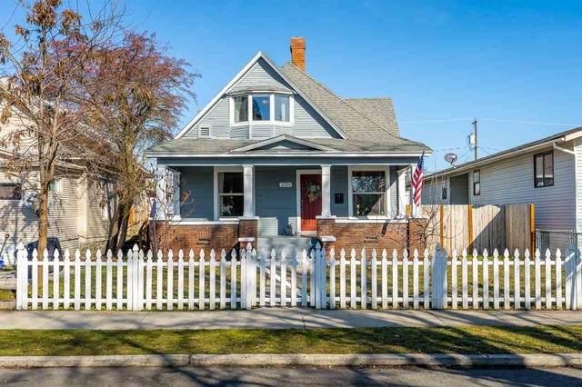 2320 W Sharp Ave, Spokane, WA 99201 (#202012179) :: The Spokane Home Guy Group