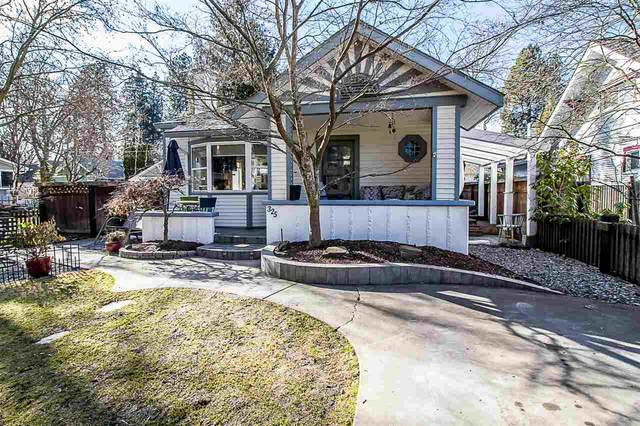 325 N Park Dr, Coeur d Alene, ID 83814 (#202012270) :: Chapman Real Estate