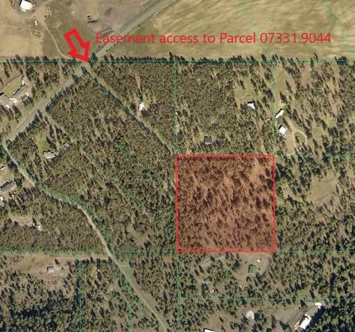 25000 W Long Lake Rd, Ford, WA 99013 (#202012331) :: The Spokane Home Guy Group