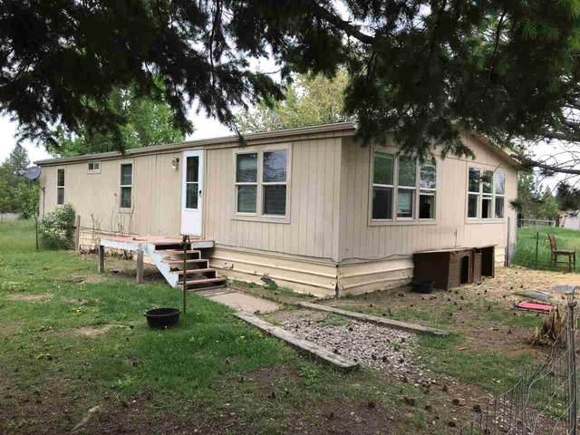 2610 W Fawn Ct, Deer Park, WA 99006 (#202012337) :: The Spokane Home Guy Group