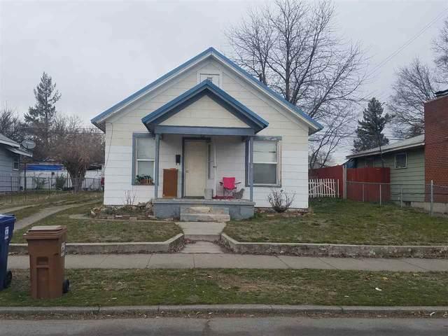831 E Liberty Ave, Spokane, WA 99207 (#202012552) :: The Spokane Home Guy Group