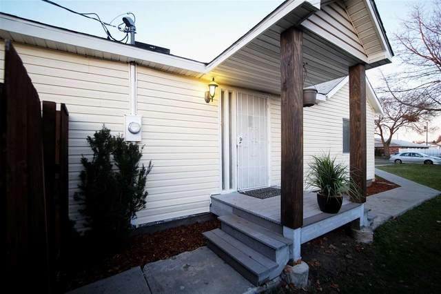 5423 N Martin St, Spokane, WA 99207 (#202013031) :: The Spokane Home Guy Group