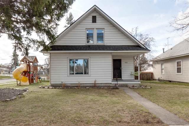 903 W Cleveland Ave, Spokane, WA 99205 (#202013803) :: The Spokane Home Guy Group
