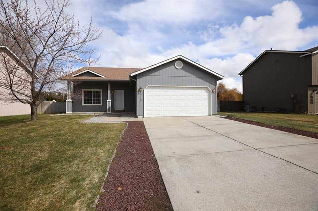 1710 N Holiday Ln, Spokane Valley, WA 99016 (#202013809) :: Top Agent Team