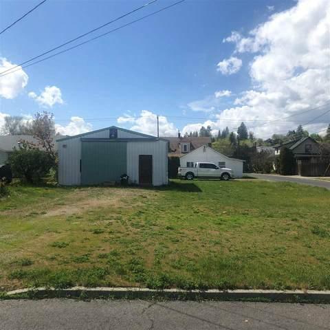 3041 N Adams St, Spokane, WA 99205 (#202014741) :: RMG Real Estate Network
