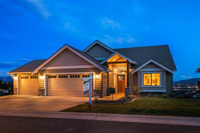 8908 E Ridgeline Ln, Spokane, WA 99217 (#202014976) :: RMG Real Estate Network