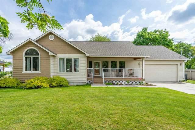 7118 E Carlisle Ave, Spokane Valley, WA 99212 (#202015980) :: Northwest Professional Real Estate