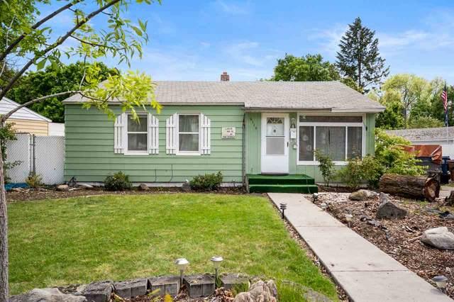 6114 N Braeburn Dr, Spokane, WA 99205 (#202016031) :: Prime Real Estate Group