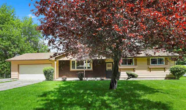 3705 S Sundown Dr, Spokane, WA 99206 (#202016157) :: The Spokane Home Guy Group