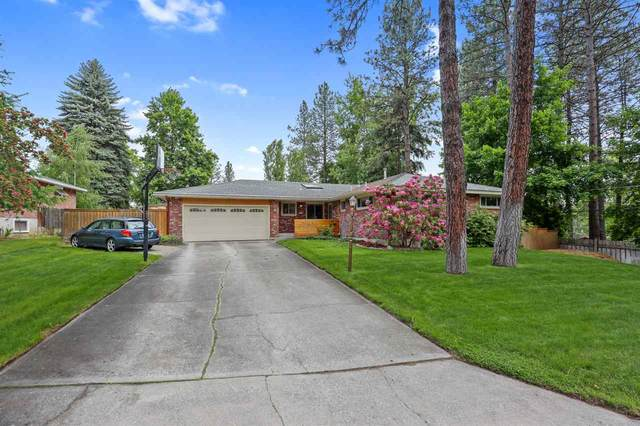 1102 W Hawthorne Rd, Spokane, WA 99128 (#202016235) :: The Spokane Home Guy Group