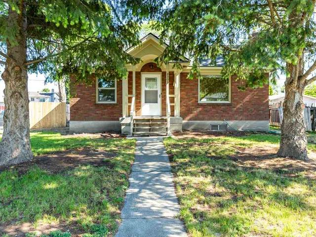 2303 E Rich Ave, Spokane, WA 99207 (#202016379) :: Northwest Professional Real Estate