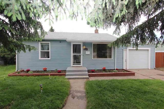 2216 W Central Ave, Spokane, WA 99205 (#202016382) :: The Spokane Home Guy Group
