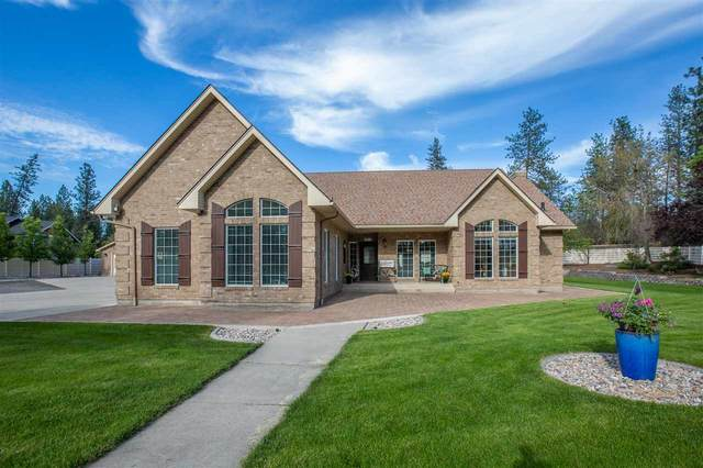 8506 N Seigle Ct, Nine Mile Falls, WA 99026 (#202016482) :: The Synergy Group