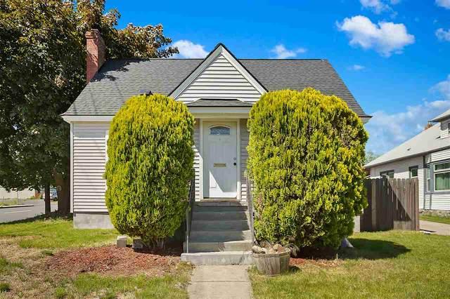 1528 W Augusta Ave, Spokane, WA 99205 (#202016495) :: RMG Real Estate Network