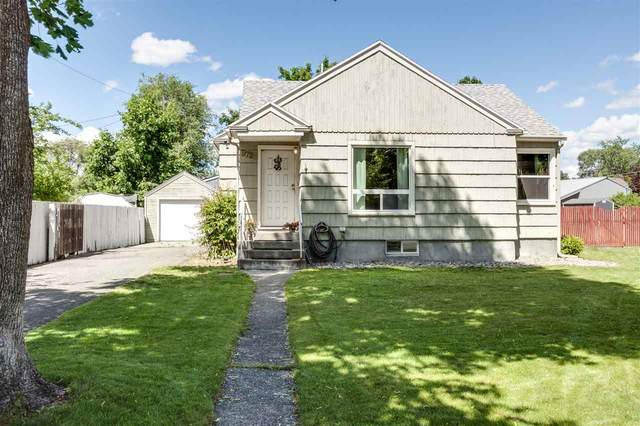 9725 E Maxwell Ave, Spokane Valley, WA 99206 (#202016509) :: Chapman Real Estate