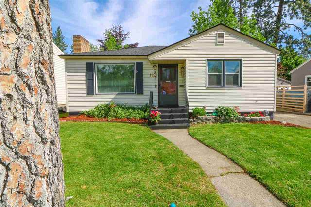 1121 E 33RD Ave, Spokane, WA 99203 (#202016528) :: The Hardie Group