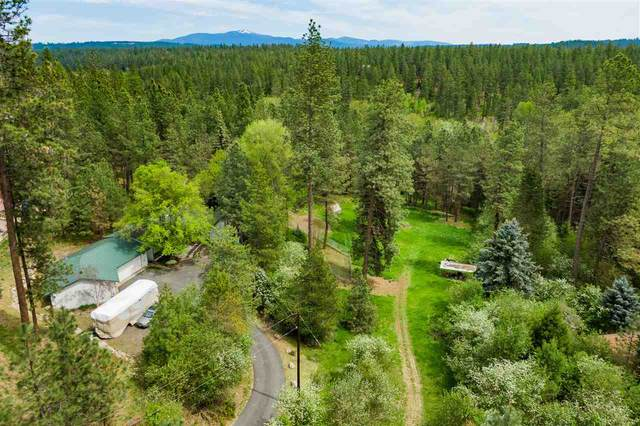 1926 E Forest Ln, Colbert, WA 99005 (#202016619) :: The Spokane Home Guy Group