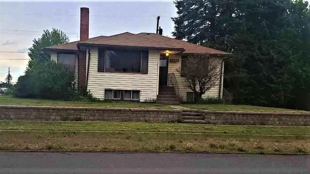1018 Main St, Davenport, WA 99122 (#202016685) :: The Hardie Group