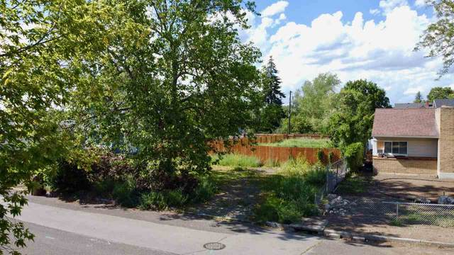 2917 E Cleveland Ave, Spokane, WA 99207 (#202017798) :: Prime Real Estate Group