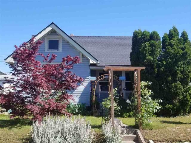2117 E Gordon Ave, Spokane, WA 99207 (#202018082) :: The Spokane Home Guy Group