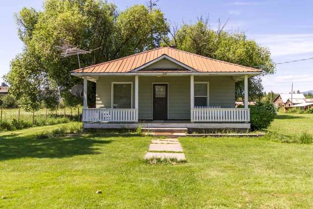318 River Rd, Usk, WA 99180 (#202018319) :: The Hardie Group