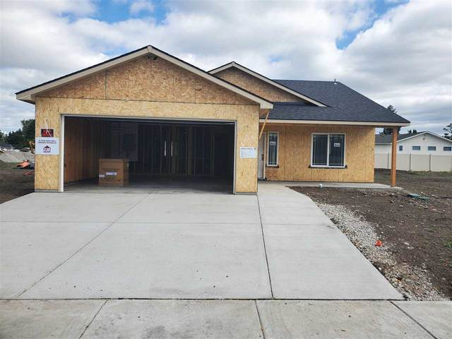 18403 E 2nd Ave, Spokane Valley, WA 99016 (#202018520) :: The Synergy Group