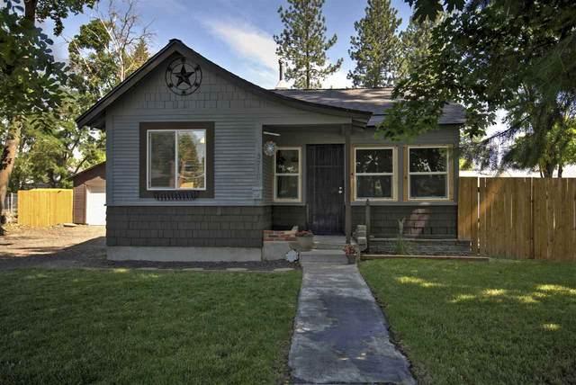 3718 W Hoffman Ave, Spokane, WA 99205 (#202018619) :: Chapman Real Estate