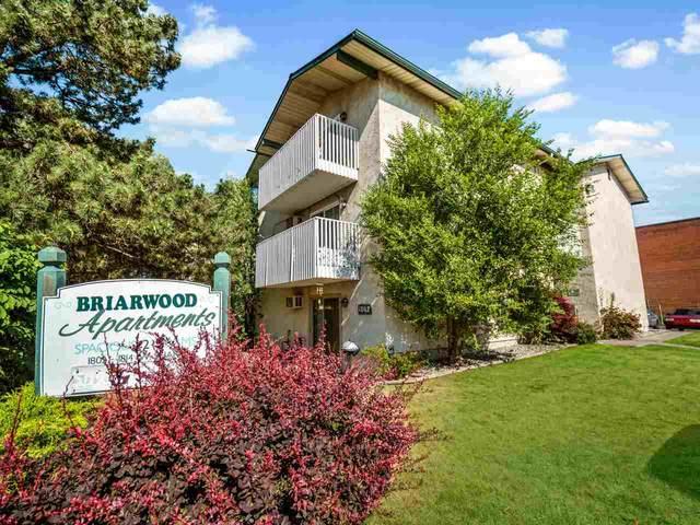 1802 W Sharp Ave, Spokane, WA 99201 (#202018755) :: Chapman Real Estate