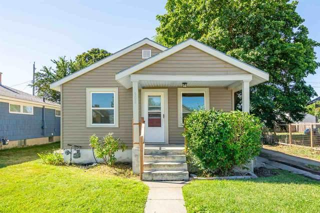 908 E Longfellow Ave, Spokane, WA 99207 (#202019146) :: The Spokane Home Guy Group