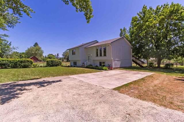 4026 N Locust Rd, Spokane, WA 99206 (#202019430) :: Northwest Professional Real Estate
