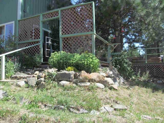5186 Hunters Ridge Way, Hunters, WA 99137 (#202019544) :: The Spokane Home Guy Group
