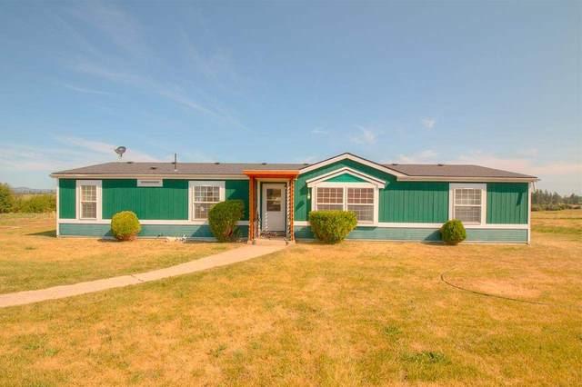8018 W Burroughs Rd, Deer Park, WA 99006 (#202019694) :: The Spokane Home Guy Group