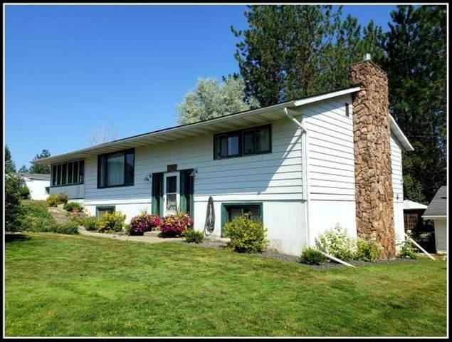 1010 Franklin Ave, Chewelah, WA 99109 (#202019821) :: The Spokane Home Guy Group