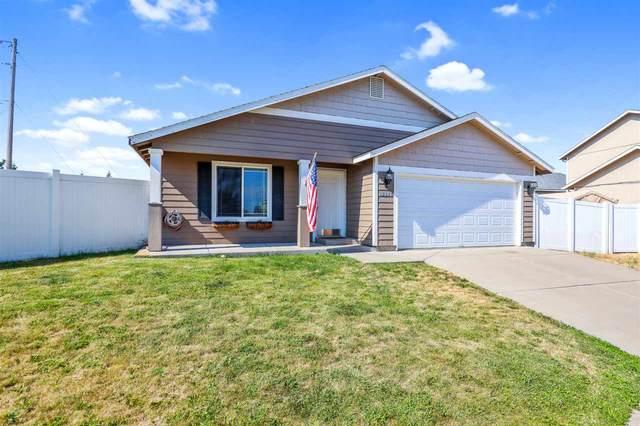 13305 W Kinder Ct, Airway Heights, WA 99001 (#202019849) :: The Spokane Home Guy Group