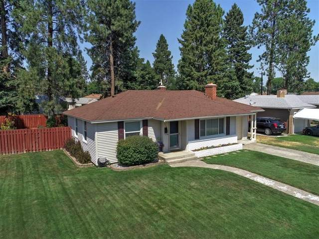 210 W Franklin Ct, Spokane, WA 99205 (#202020030) :: The Hardie Group