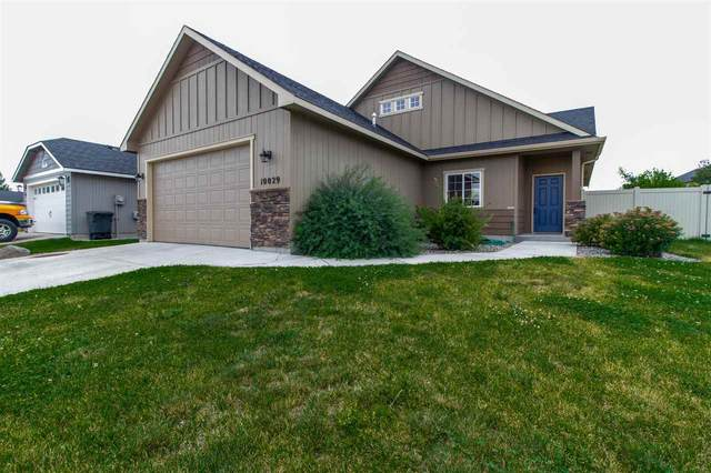 10029 W 10th Ave, Airway Heights, WA 99224 (#202020217) :: The Spokane Home Guy Group