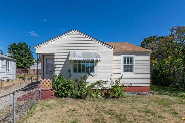 211 E Empire Ave, Spokane, WA 99207 (#202020226) :: Top Agent Team