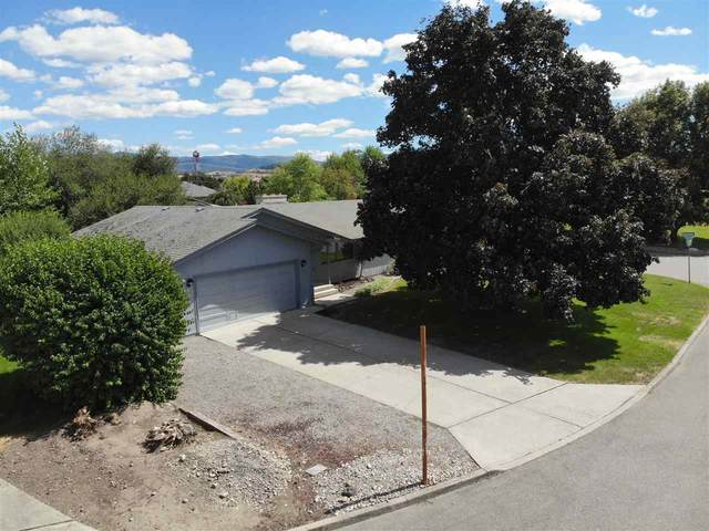 1808 N Mckee Rd, Spokane Valley, WA 99016 (#202020250) :: The Spokane Home Guy Group