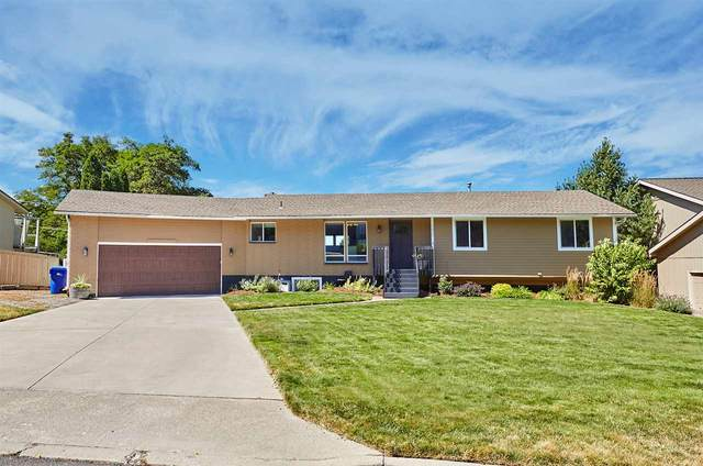 5606 S Lloyd Rd, Spokane, WA 99223 (#202020459) :: The Hardie Group