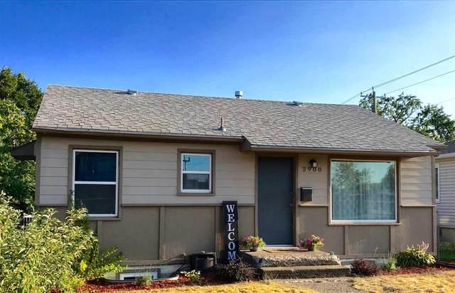 2908 E Liberty Ave, Spokane, WA 99207 (#202020465) :: The Hardie Group