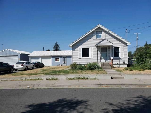 3011 N Stone St, Spokane, WA 99207 (#202020686) :: Prime Real Estate Group