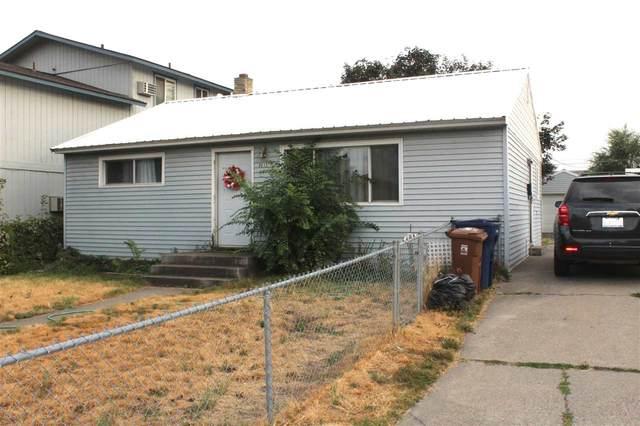 3012 E Hoffman Ave, Spokane, WA 99207 (#202020888) :: Prime Real Estate Group